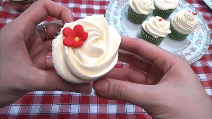 bánh cupcake siêu cute