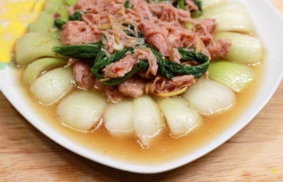 thịt hộp xào cải thảo