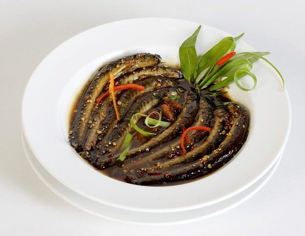 món cá kèo kho rau răm