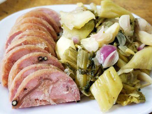 thịt nguội ăn với dưa cải muối