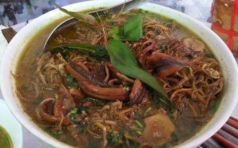 món lươn om chuối