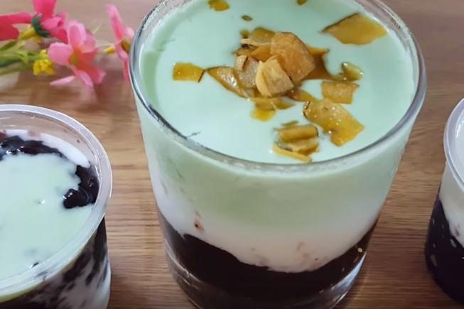 sữa chua nếp cẩm lá dứa