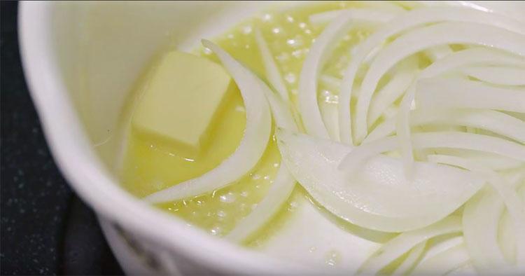 xào hành tây với bơ