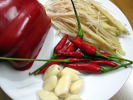 Nguyên liệu làm tôm chua