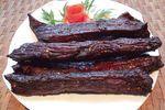 Cách ăn thịt trâu gác bếp